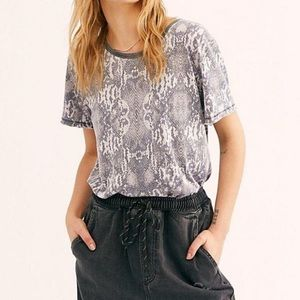 Free people snake print slouchy fit tee shirt NWT